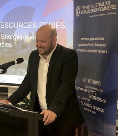 Christopher Gygès a prononcé un discours pour promouvoir la transition énergétique calédonienne à la Chambre de commerce franco-australienne.