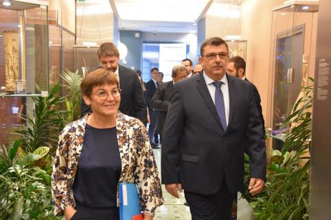 Le président a accueilli la ministre des Outre-Mer à la Maison de la Nouvelle-Calédonie à Paris (© Photo Charles Baudry)