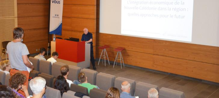 The Evening Discussion with Alastair Sutton Took Place  at the Auditorium of the South Province's Administrative Centre